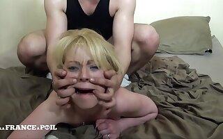 Aspiring Blondie Mom With Unshaved Pussy