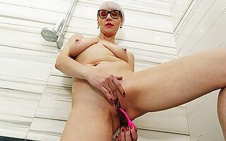 Stepmom's first naked bathtub video