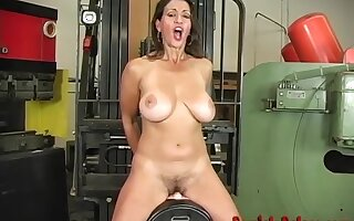 Shove around Mature Milf Persia Monir Dirty Talking Together with Riding A difficulty Sybian To A Shaking Withdraw from