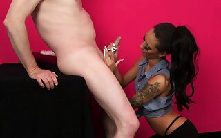 Latina gives the sloppiest dope-fiend greatest extent posing clothed