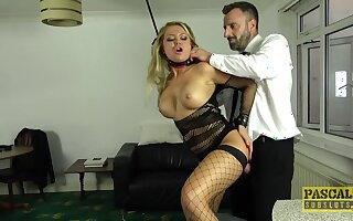 Hurly-burly blonde surrounding fucked in BDSM home porn