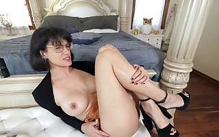 Seductive wife Penny Barber drops her panties for wild fucking