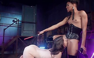 Dominant female ass fucks her slave girl then makes her eat pussy