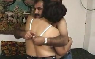 Turkish mature wife fucks
