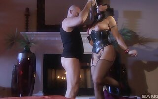 Kinky sex with blindfolded and tied brunette pornstar Satine Phoenix