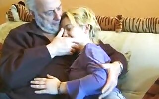 Old man junior girl great sex
