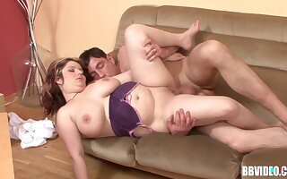 Chubby mature layman from Germany spreads her legs for a youger cock