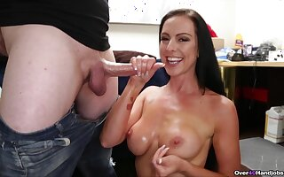 MILF wants some sperm on those bosom