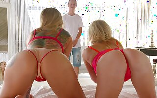 Team a few horny MILFs tag team a young man in put emphasize hottest FFM threesome ever